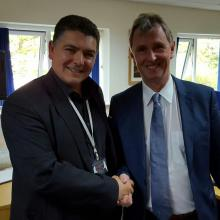North West Corporate Magician Darren Brand with Nigel Evans MP.